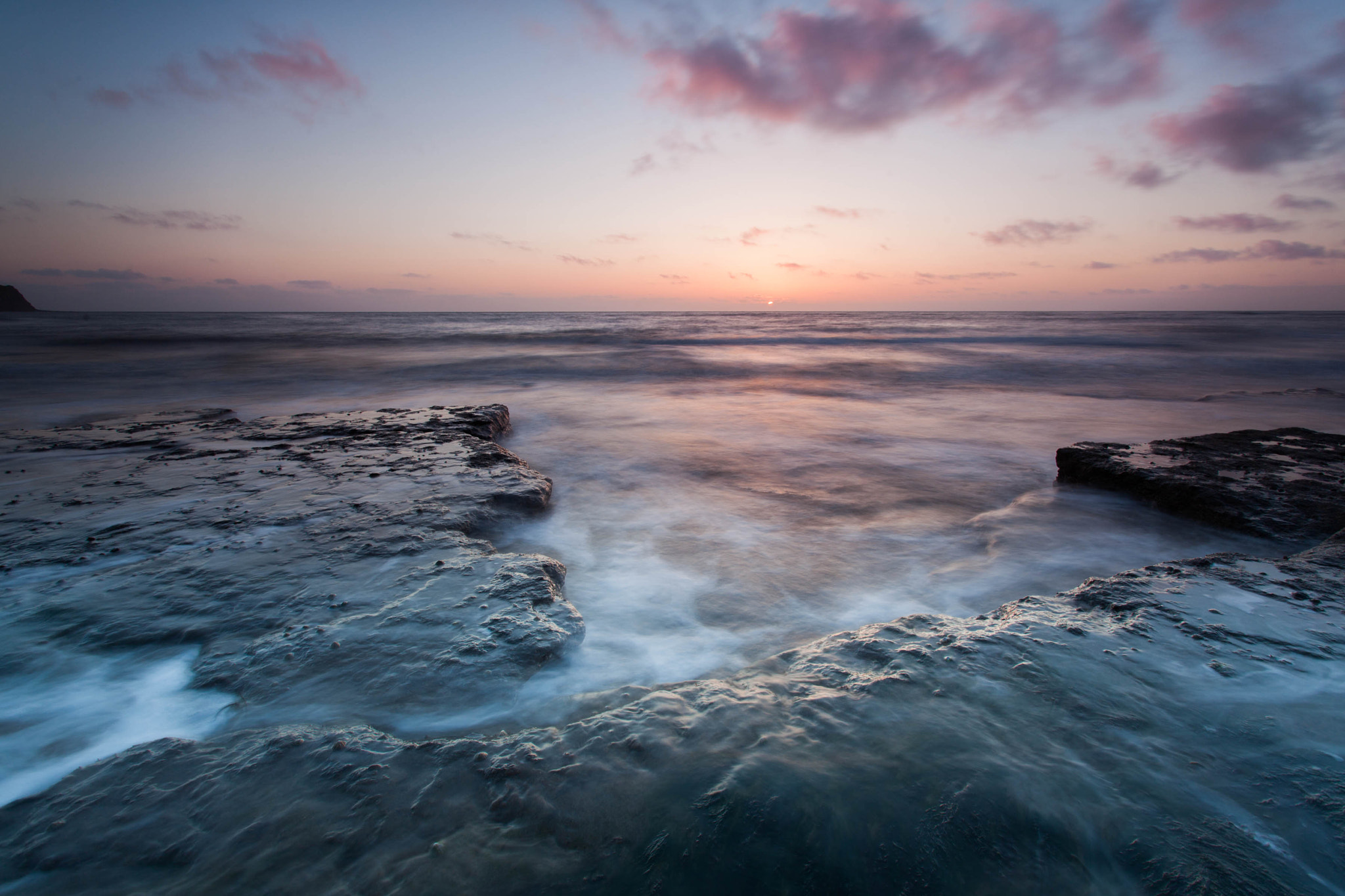 Photograph Off the Rocks by Carl Mickleburgh on 500px