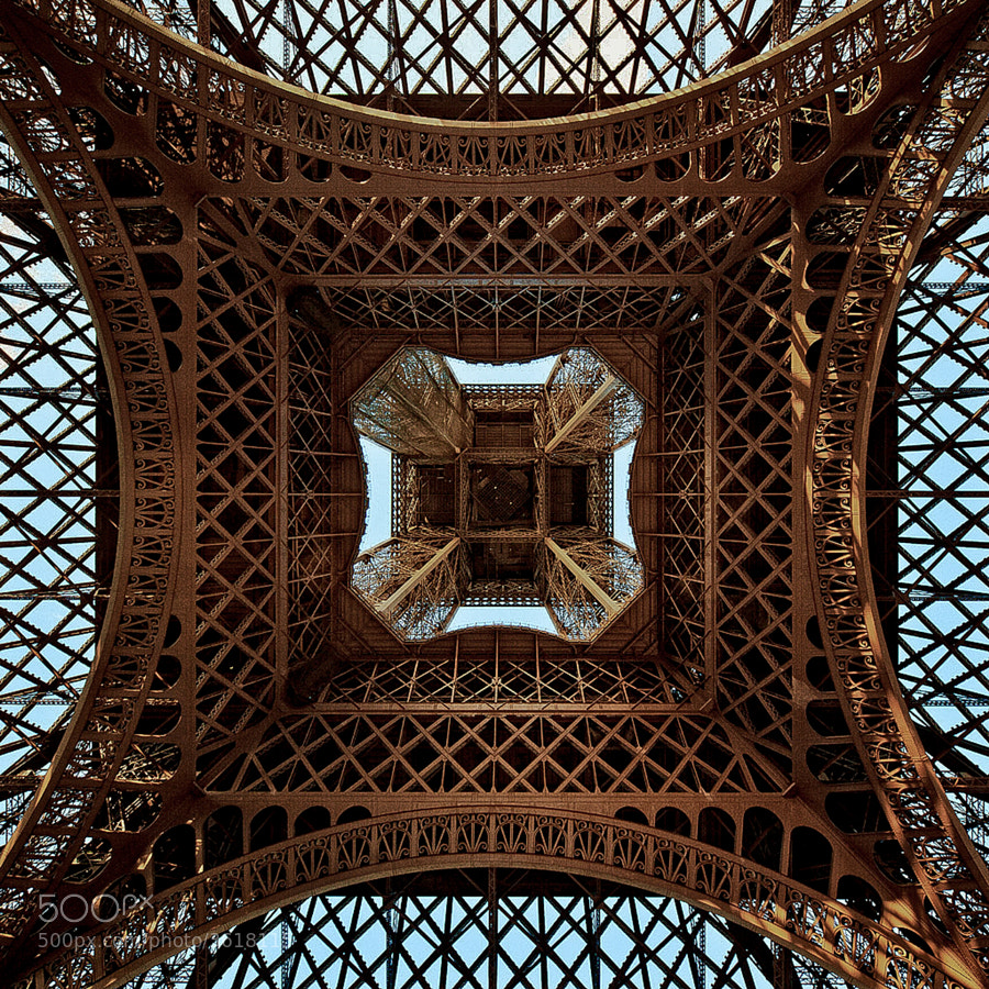 Looking up the skirt.....  of an icon by Kevin  Pepper on 500px.com