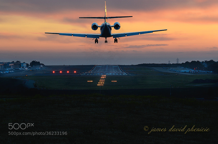 Private corporate jet on short final to runway at Palomar Airport.  ©James David Phenicie.  All Rights Reserved.