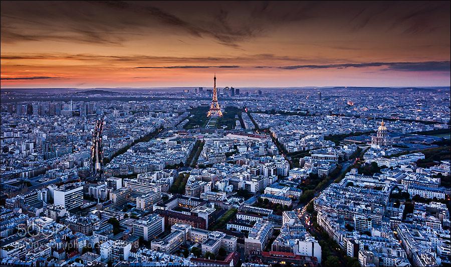 Photograph Paris after sunset by Sus Bogaerts on 500px