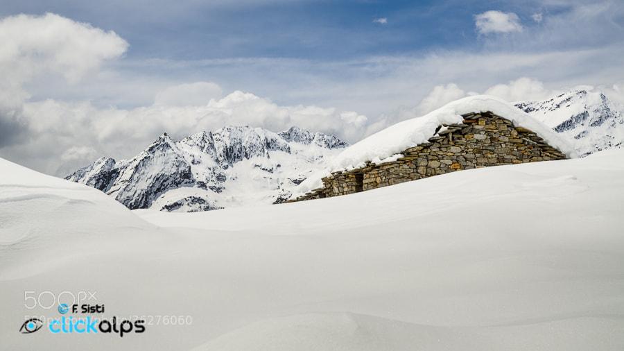 Photograph Solo con l'Alpe...(Alpe Giavino, Vallone di Forzo, Valle Soana, Parco Nazionale Gran Paradiso, Piemo by Francesco Sisti on 500px