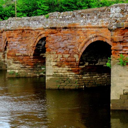Holt/Farndon Bridge