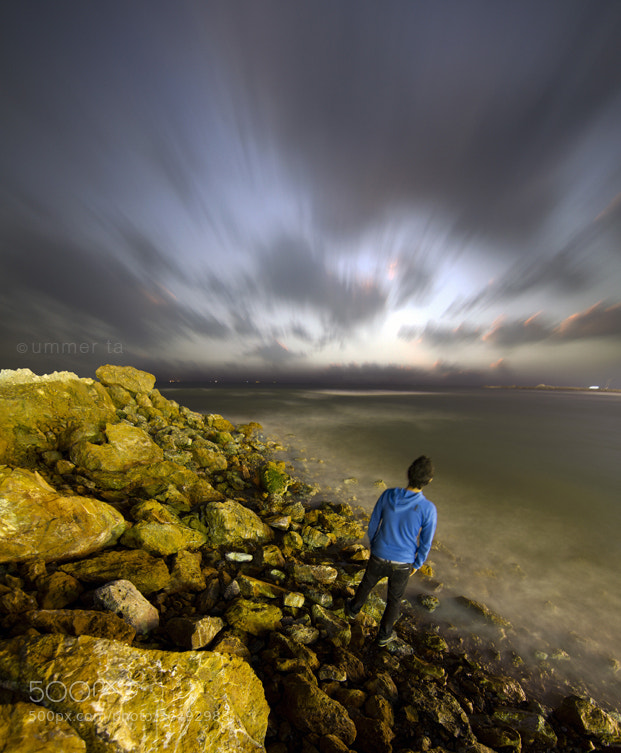 Photograph boy in beach by Artist Ummer Ta  on 500px