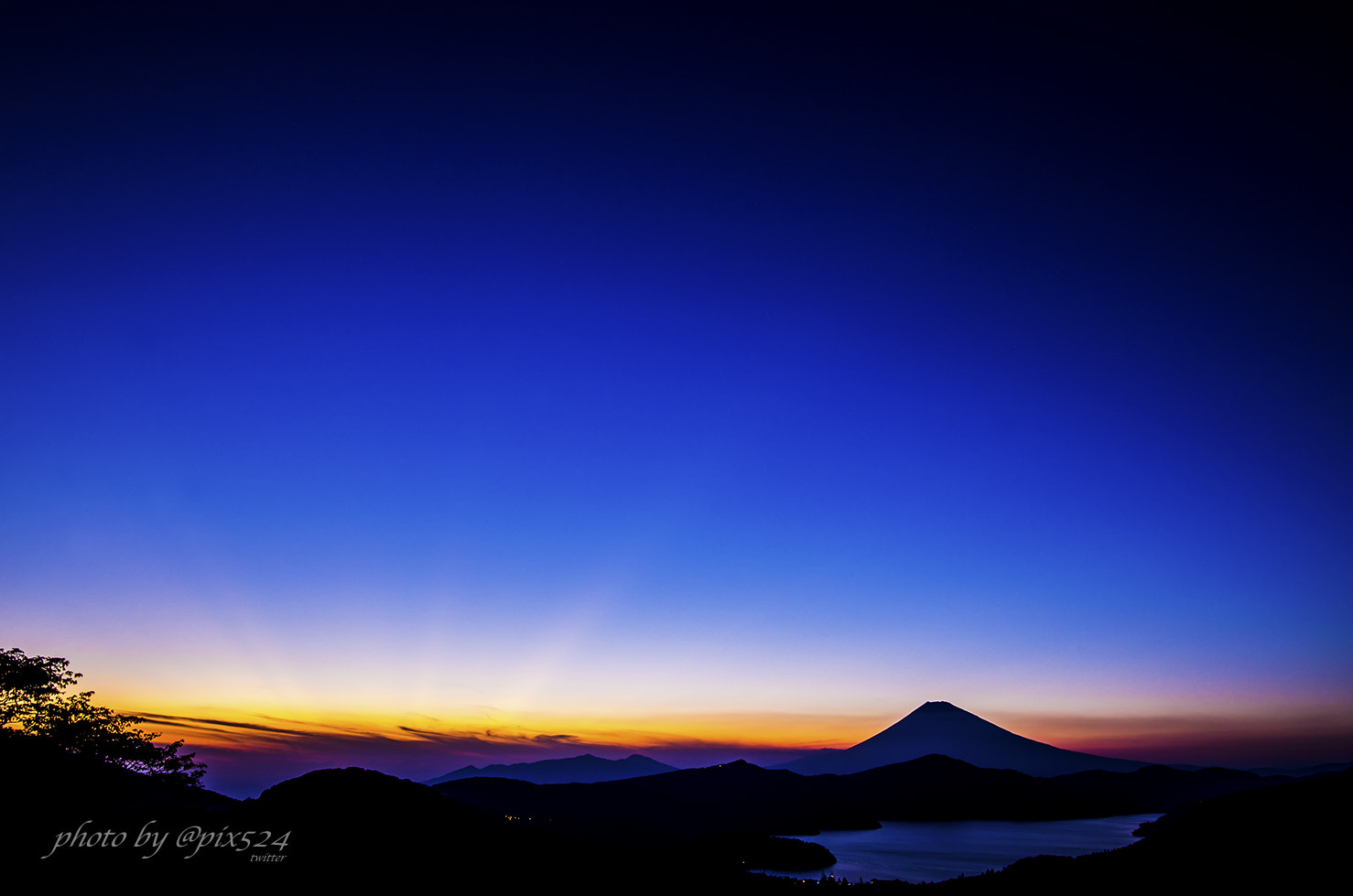 Photograph Sunset-Hakone by Masaya Konishi on 500px