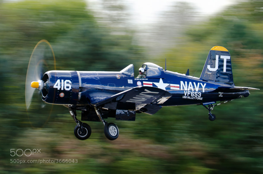 A pristine F4U Corsair takes off at the 2011 Great Georgia Airshow