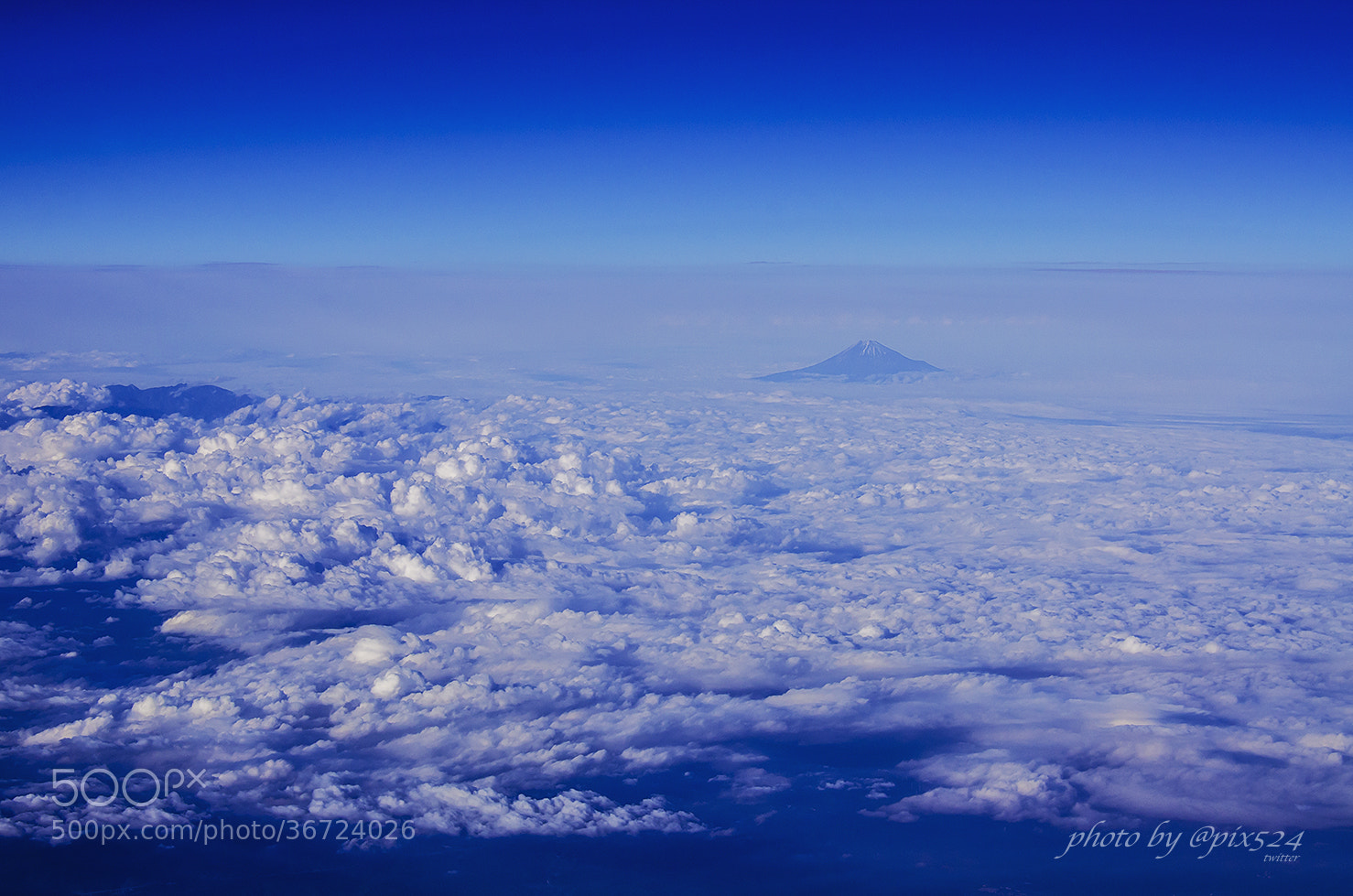 Photograph Sky walk-Mt.Fuji by Masaya Konishi on 500px