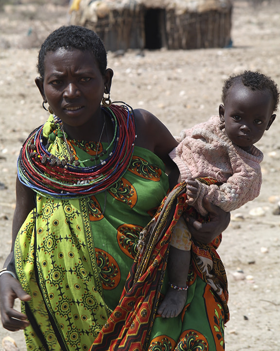 Photograph Samburu Mother and Child by Andrew Pickles on 500px
