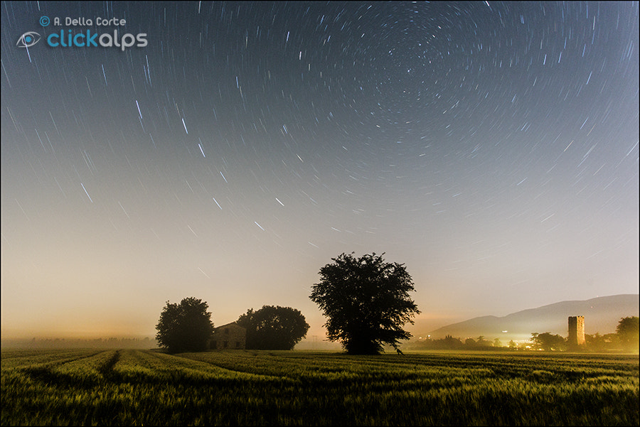 Photograph The countryside and the stars . by Alfonso  Della Corte  on 500px