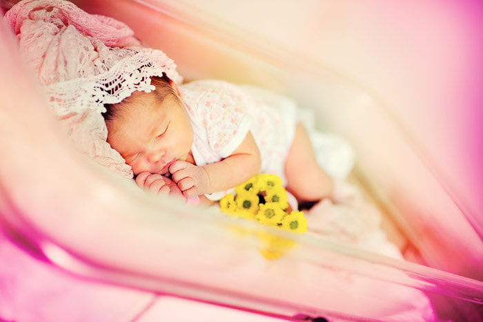 Photograph In the Birth Center by Natasha Lesonie on 500px