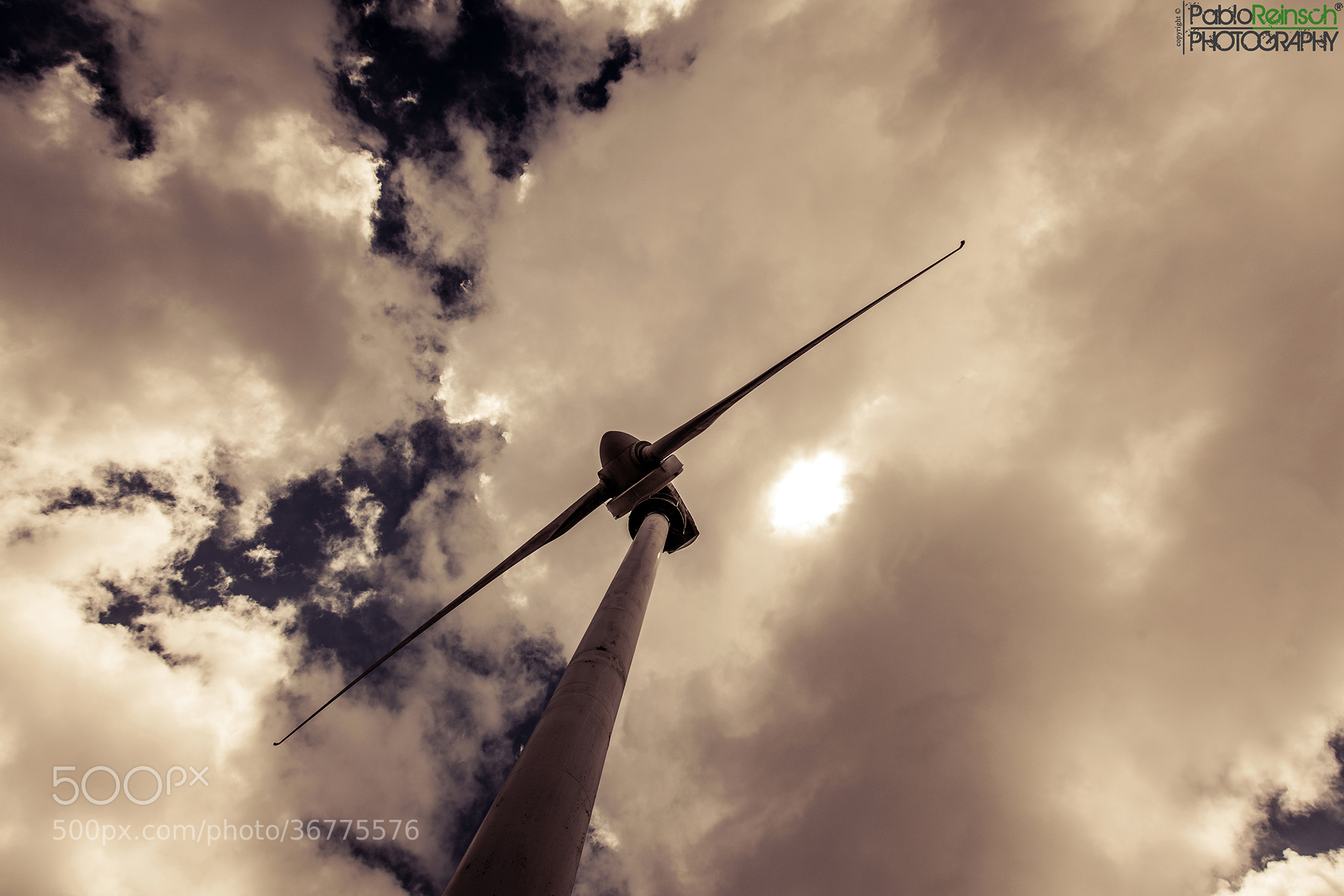 Photograph Alto en el cielo.- by Pablo Reinsch on 500px