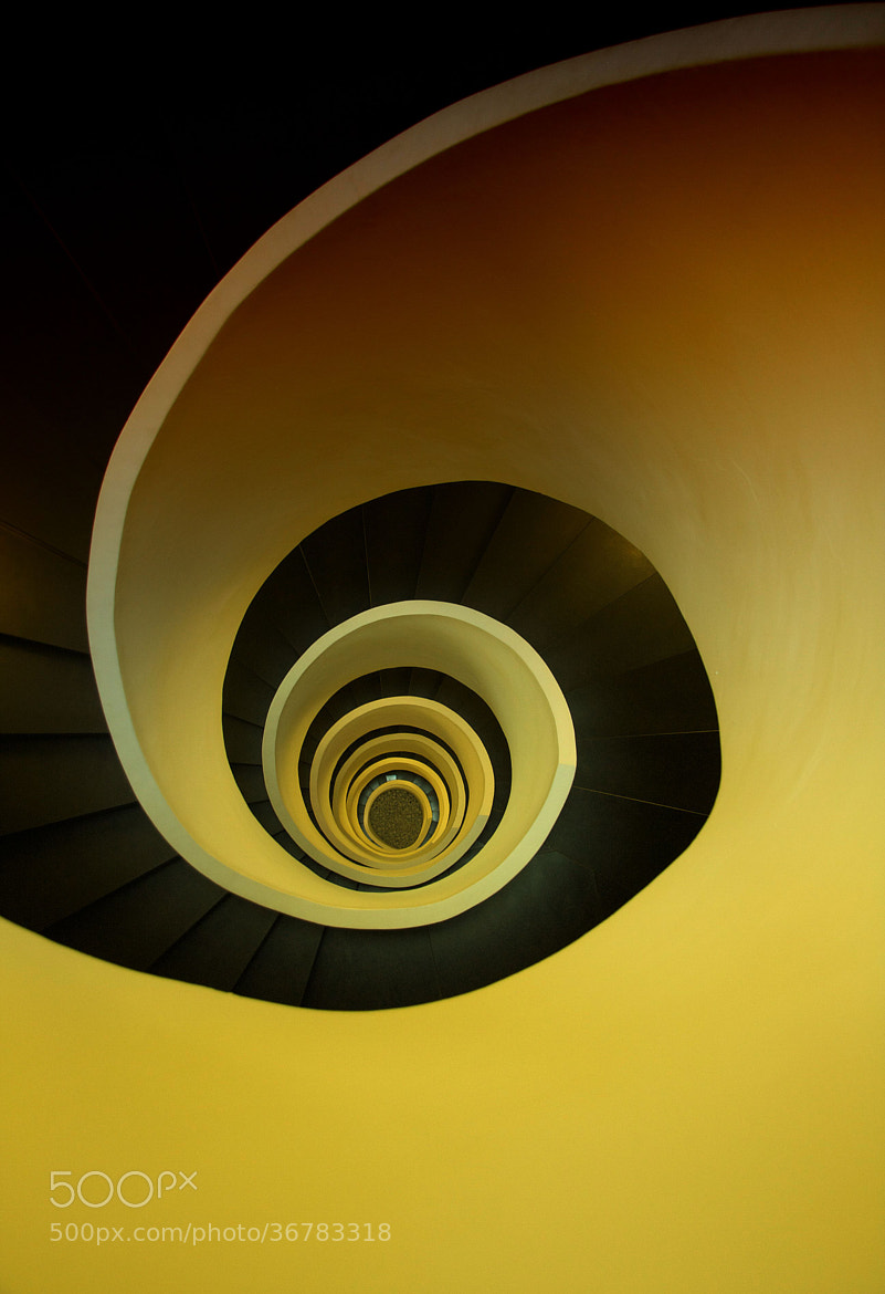 Photograph downstairs in Bilbao by jo:rg ka:mper on 500px