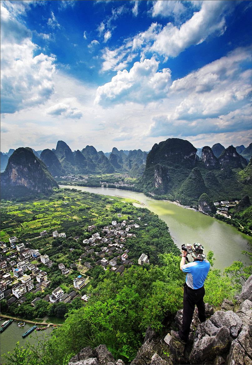 Photograph On the Li River by Woosra Kim on 500px