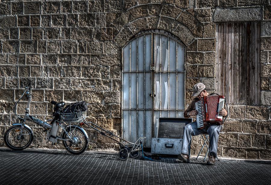Mobile musician