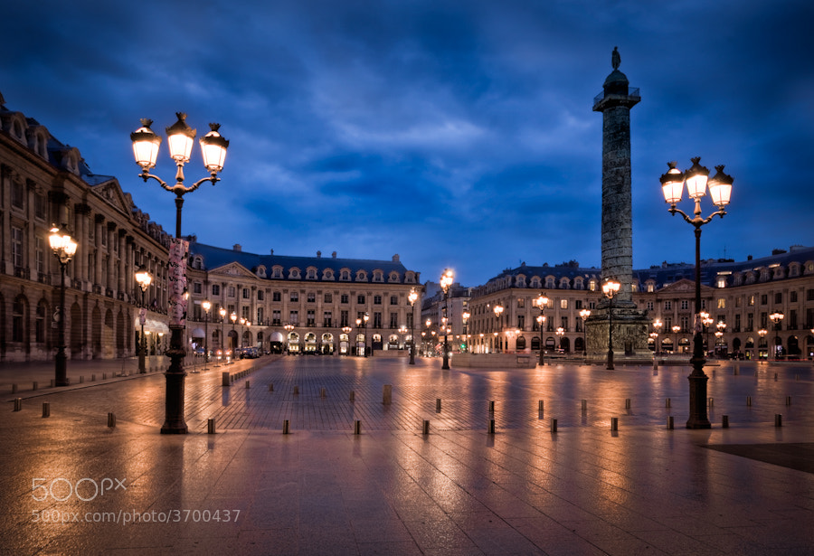 Photograph The Plaza Vedomme at night Paris by Ramelli Serge on 500px