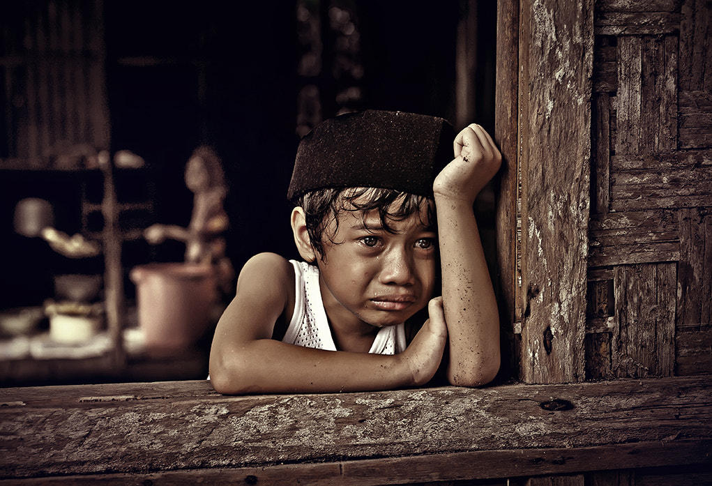 Photograph 'dad...dont leave me...' by abe less on 500px