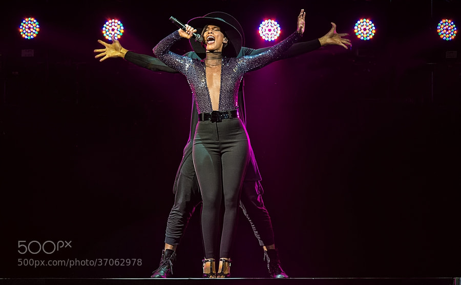 Photograph Alicia Keys by Luuk Denekamp on 500px