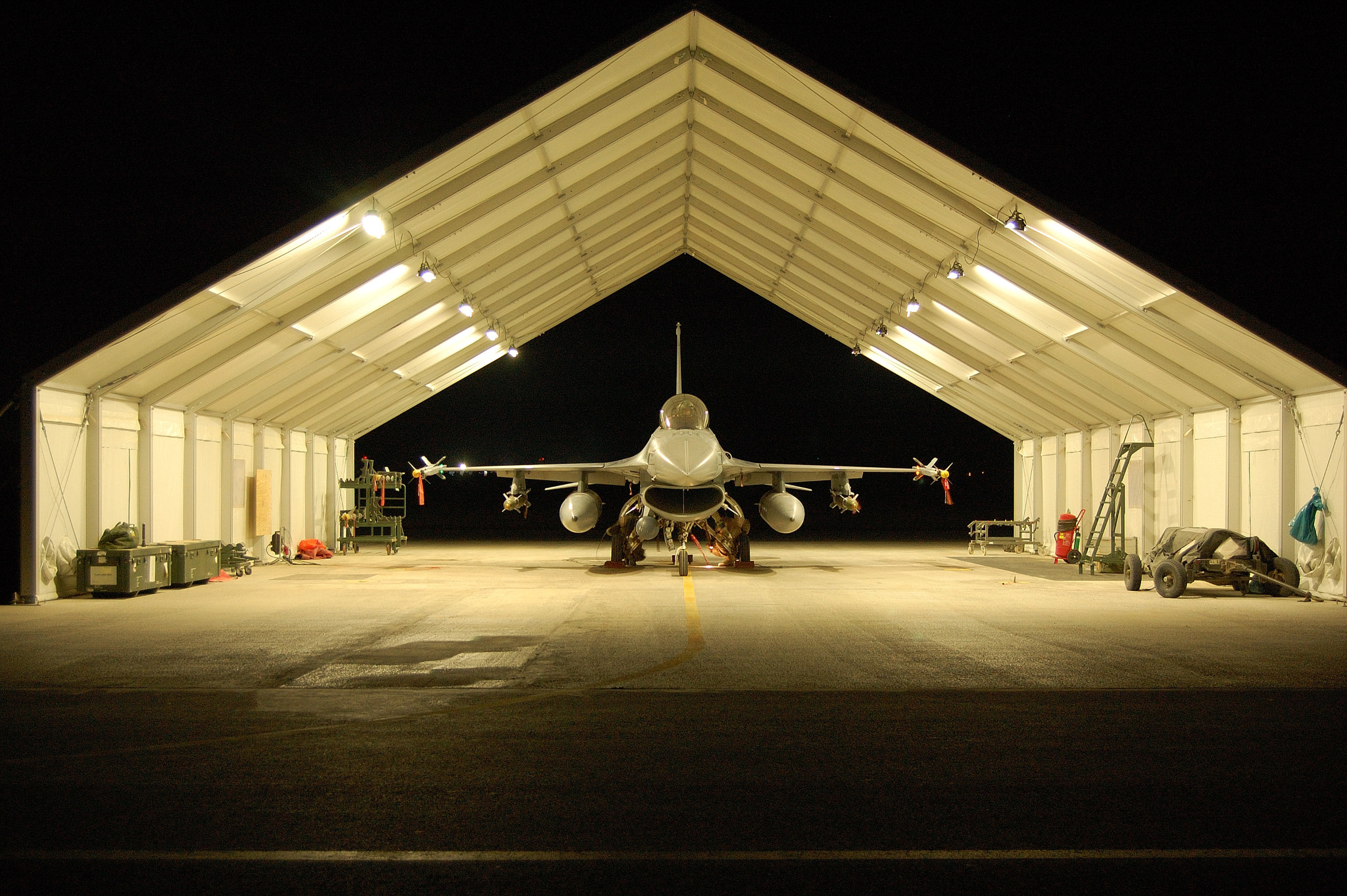 Photograph F-16 @ Flightline by Max Geerlings on 500px