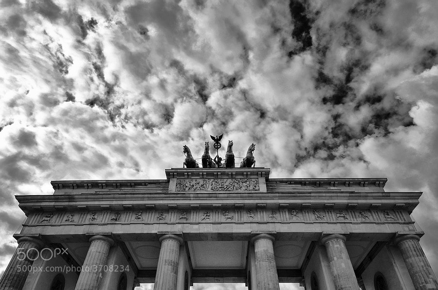 Photograph Brandenburger Tor by Piet Osefius on 500px