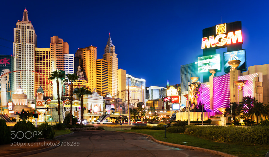 Photograph Las Vegas by Ramelli Serge on 500px