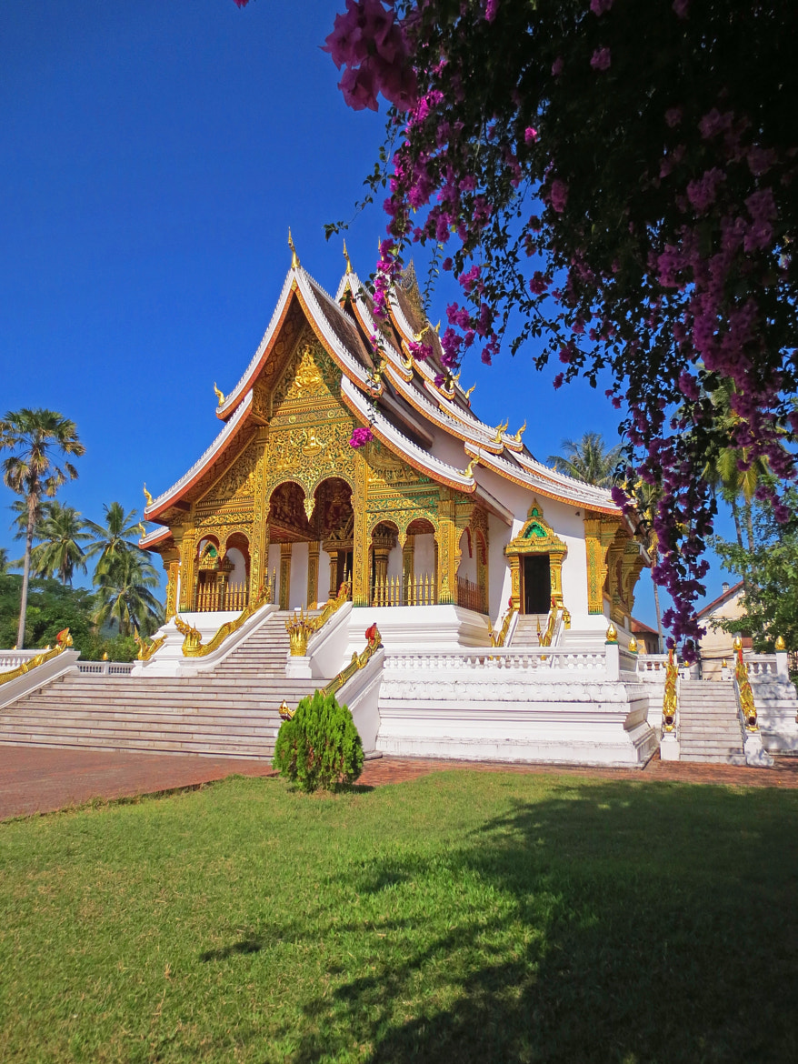Photograph Temple at Lao royal palace by Robbert Heijsman on 500px
