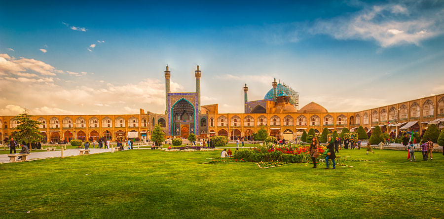 Photograph Naqsh-e Jahan Square by Ali Bahadori on 500px