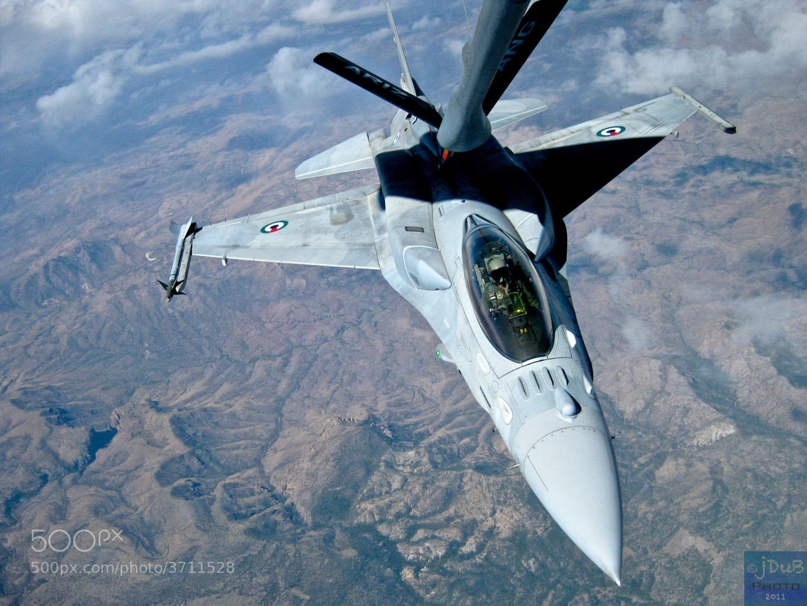 Photograph F-16 In-Flight Refuel NKAWTG by Johnny Smith on 500px
