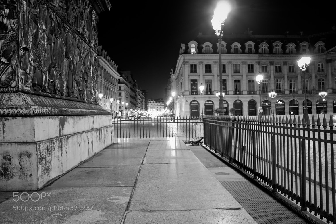 Photograph Behind the Vendome column by Yaniv Azoulay on 500px