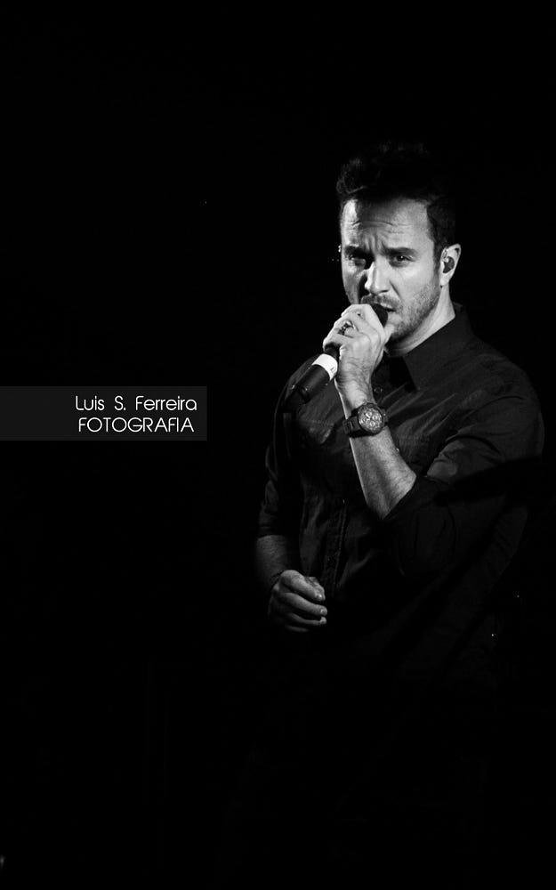 NACHO LLANTADA ( VOCALISTA DE LOS CLAXONS ) By Luis