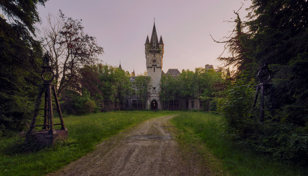 Photograph castle by Christian Richter on 500px