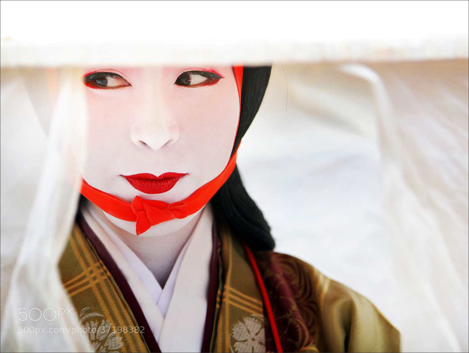 Photograph Ancient Woman in Kyoto by Woosra Kim on 500px