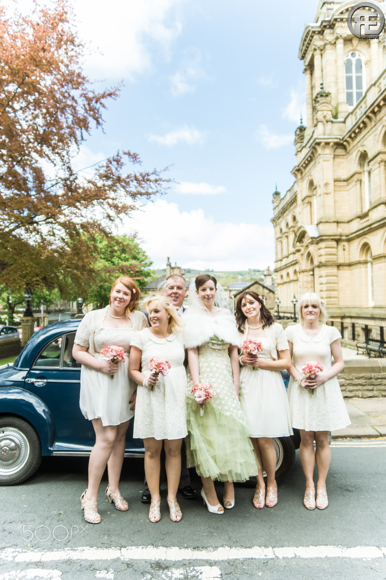 Photograph Father Of The Bride + Bridesmaids by Rob Ellis on 500px
