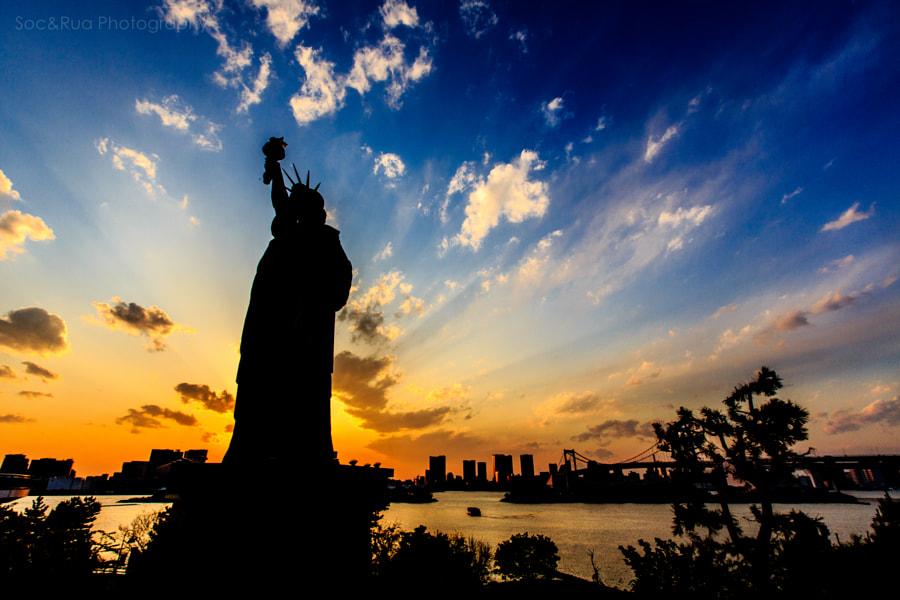 Liberty statue in Odaiba, Tokyo.
