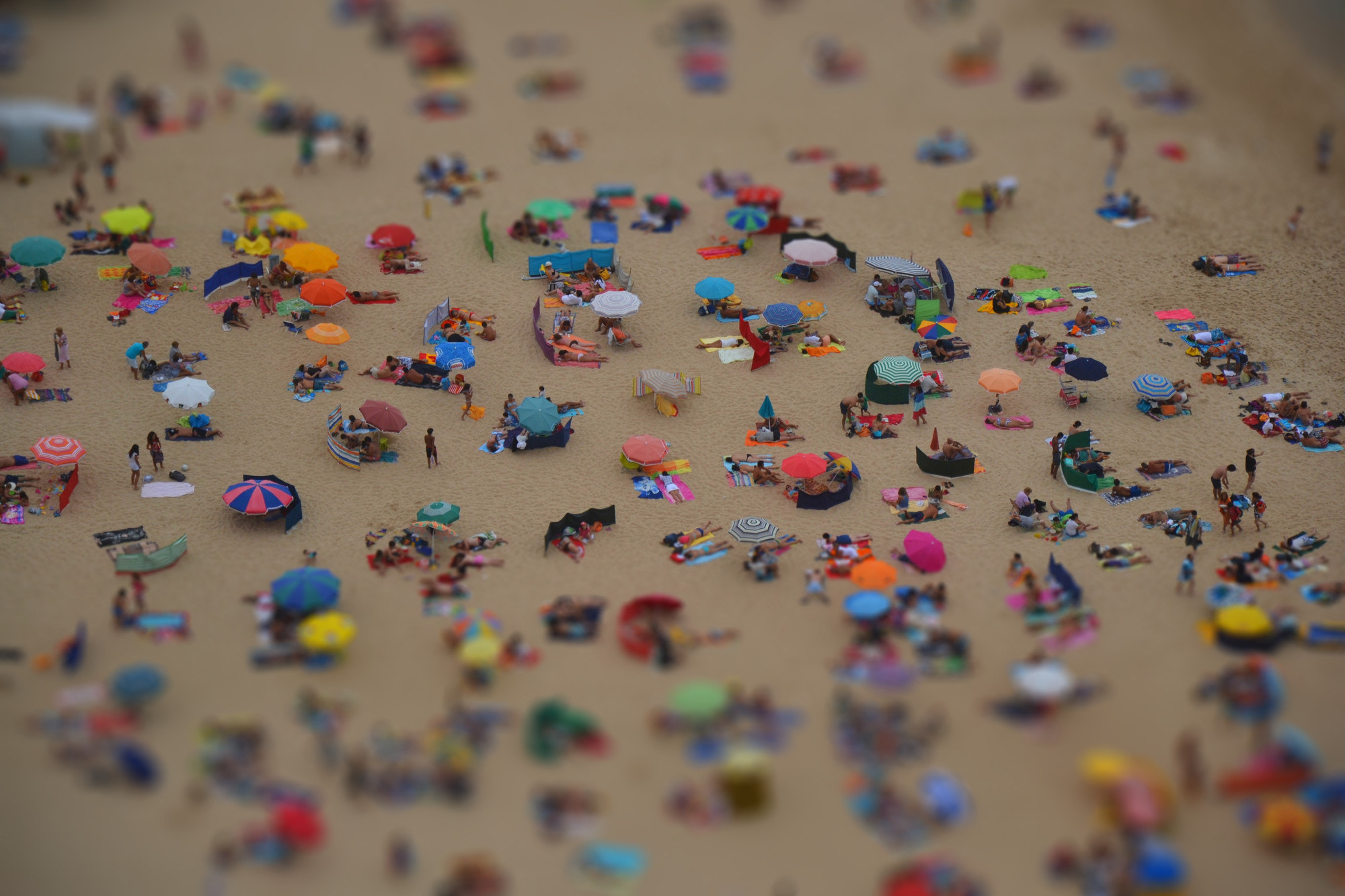 Photograph Plage Tilt-Shift by Johnny Mendes on 500px