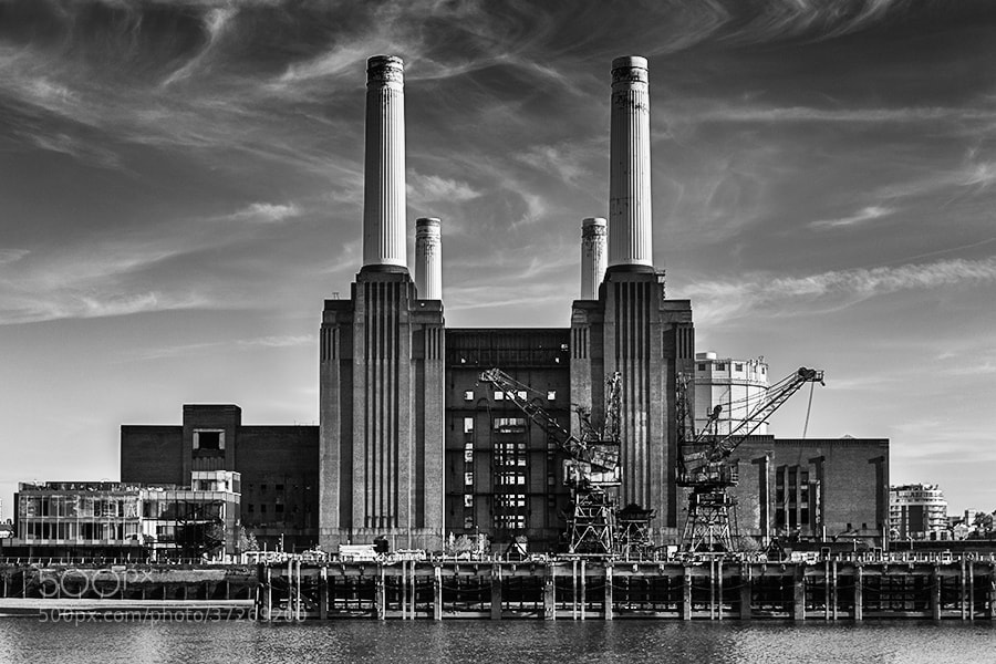 Photograph Battersea Power Station by Youcef Bendraou on 500px