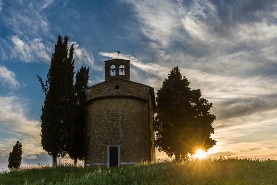 Photograph Tuscan chapel in the fields by Hans Kruse on 500px
