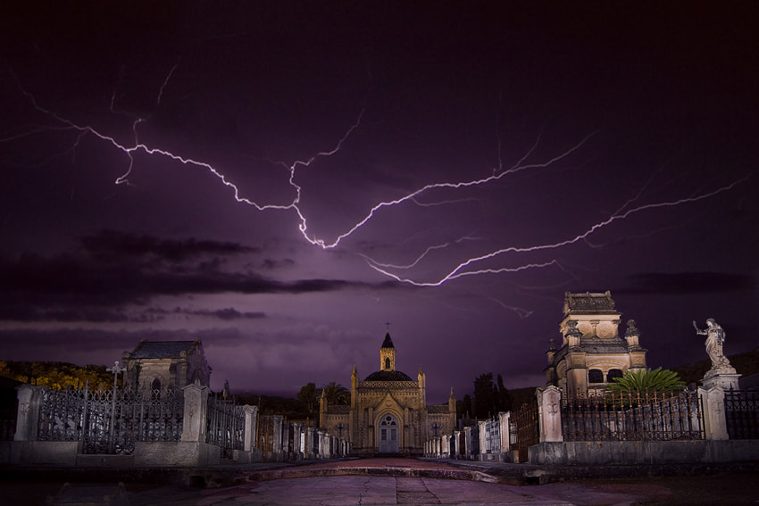 Photograph Camposanto SFG Lightning by Albert Collado Gili on 500px