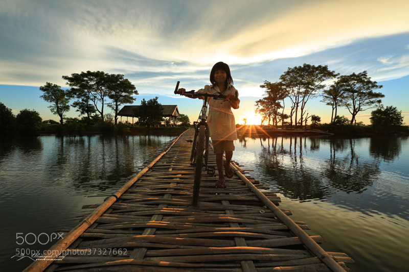 Photograph Barombong Girl by Alamsyah Rauf on 500px