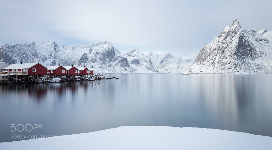 Photograph Rorbuer in Hamnøy by John Q on 500px