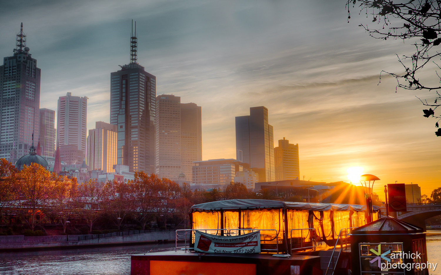 Photograph Melbourne Sunrise!  by Karthick Ramachandran on 500px