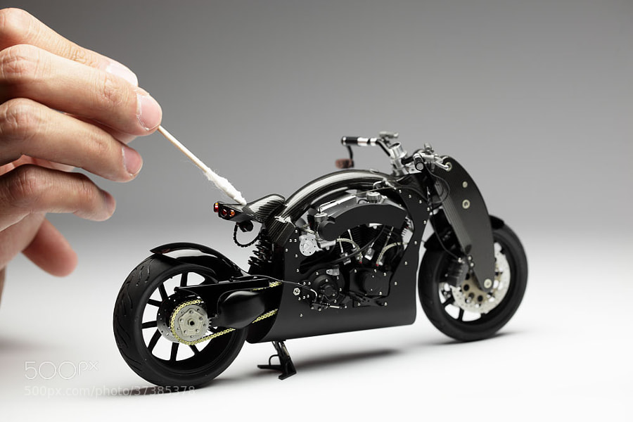 The model of Confederate B91 Wraith 2006 in black color.  Scale: 1/12 ( length ~ 17 cm ). Scratch building model.