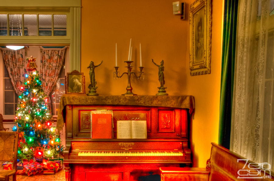 Photograph Holidays at the Staiti House by Sergio Garcia Rill on 500px