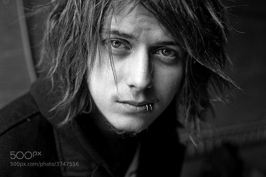 Photograph Ben Bruce of Asking Alexandria by Adam Elmakias on 500px