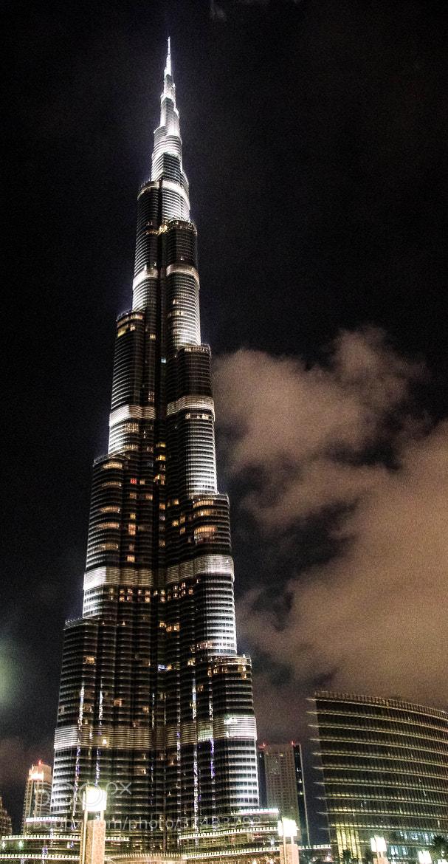 Photograph Going up - The Bhurj Khalifa by julian john on 500px