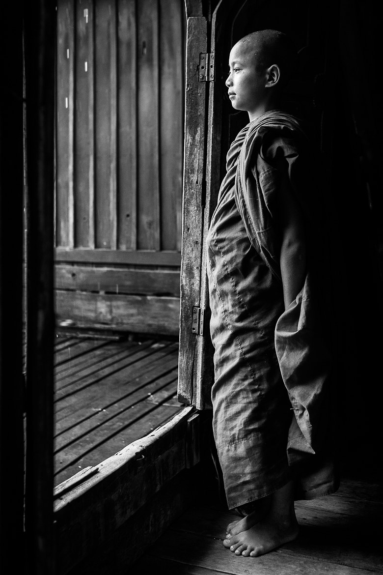 Photograph Gazing at the World by Anthony Pond on 500px