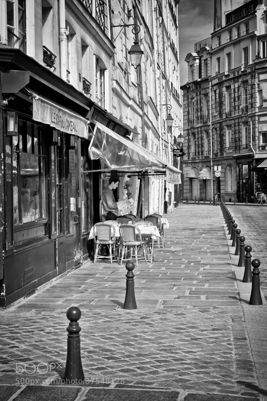 Photograph Place Dauphine by patrick plazzi on 500px