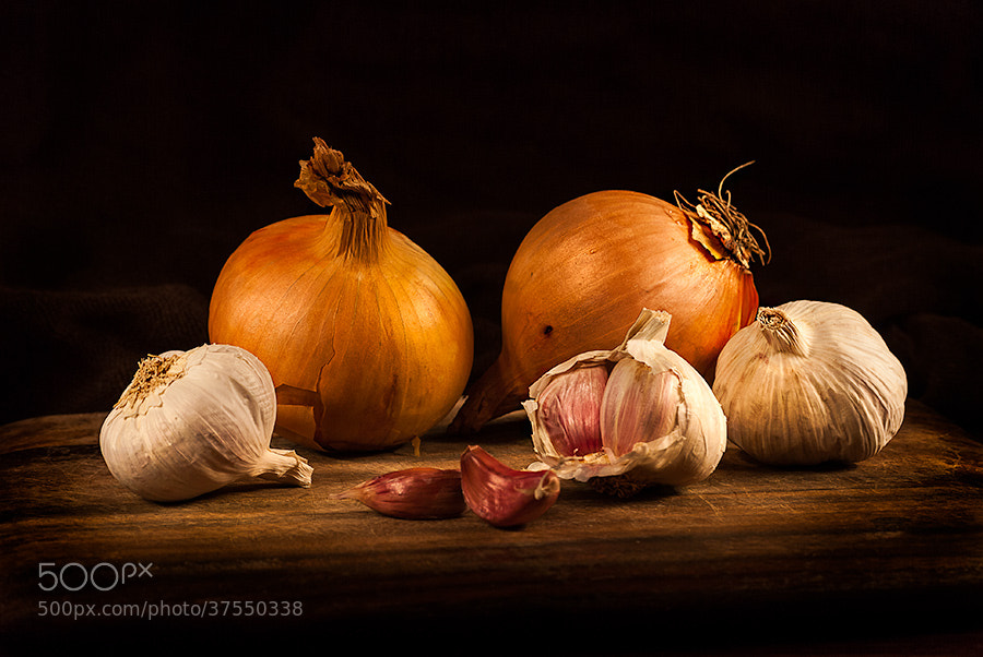Photograph Onions & Garlic by Youcef Bendraou on 500px