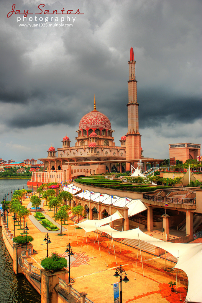 Photograph Putrajaya Mosque by jay santos on 500px