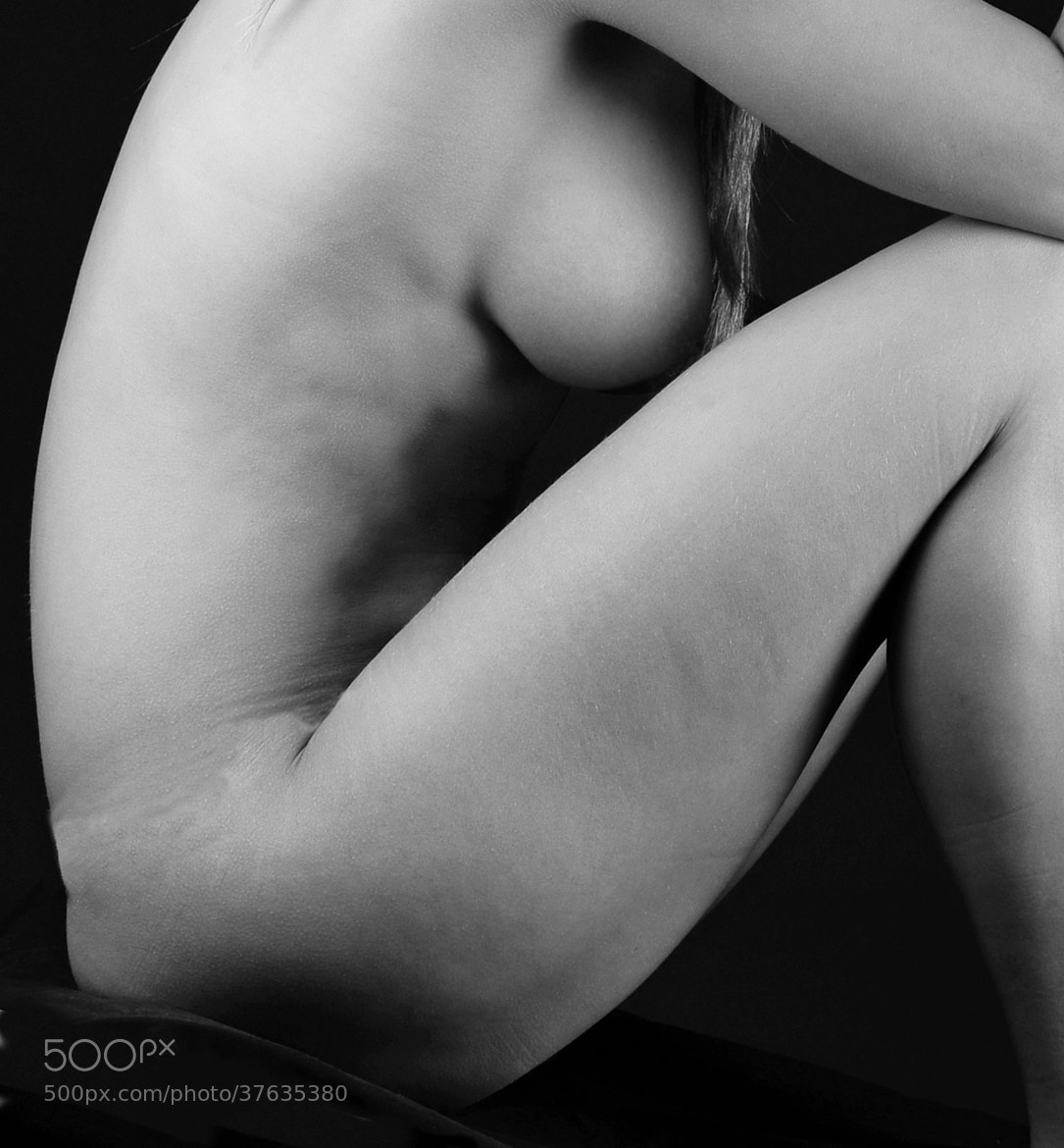 Photograph Sitting naked by Snanders  on 500px