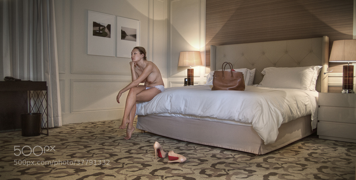 Photograph Lost in hotel by Julien Dumas on 500px