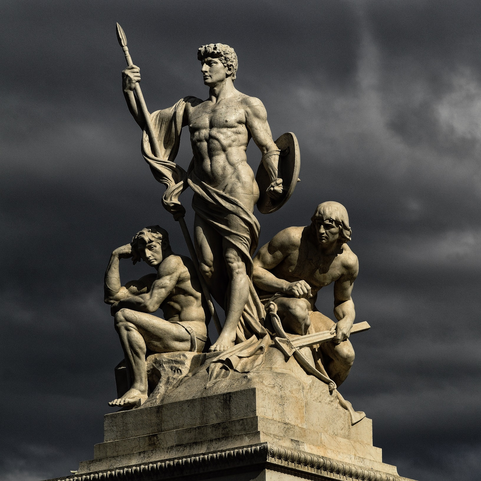 Photograph The Warriors and the Thinker (Vittoriano Statues) by Vincent Falardeau on 500px
